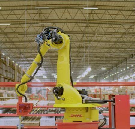 DHL делает первые шаги к роботизации своих складов
